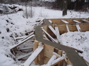 Фундамент — зимой!